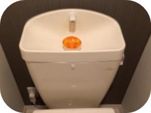 トイレタンクの水が止まらない時の原因と対処法