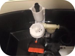 トイレの水が出ない時の原因とその対処法