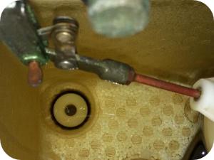 トイレタンクの構造と水が流れる仕組み