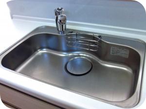 主婦必見!キッチンの排水溝の掃除のコツ