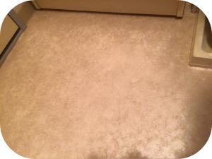 洗面台の床から水漏れしている時に確認すべきポイント