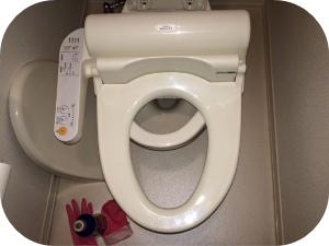 覚えておきたい!トイレ便座の外し方