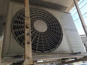 エアコンが暖まらない時の原因と対処法