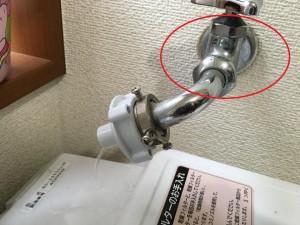 洗濯機の水漏れを業者に依頼すべき5つのケース